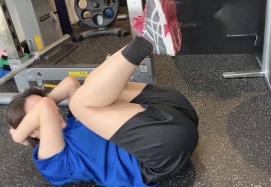金山のダイエット特化型パーソナルジム 坂田様のトレーニング風景